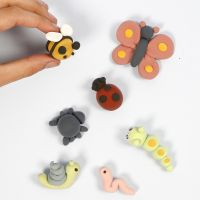 Make small Silk Clay insects