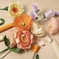 Crepe paper flowers for beginners: Learn how to make crepe paper flowers